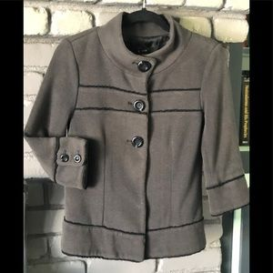 XXI -Fitted Gray Jacket w ruffled black edging szS
